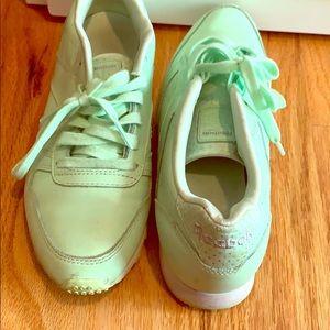 Blue-green adorable casual Reeboks